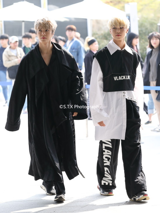 Newkidd成员池韩率、Yunmin