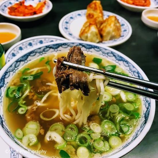 韩国美食、iPhone 7 Plus、牛肉面