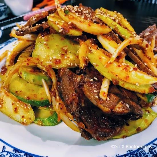 韩国美食、凉拌牛肉