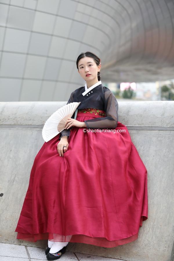 2020 S/S 首尔时装周街拍