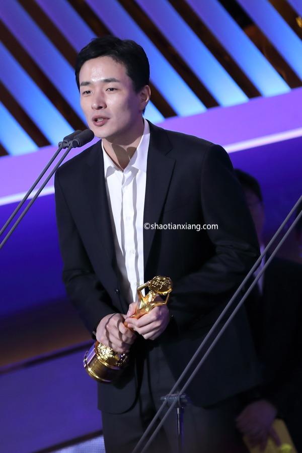 第40届青龙电影奖、李炳宪