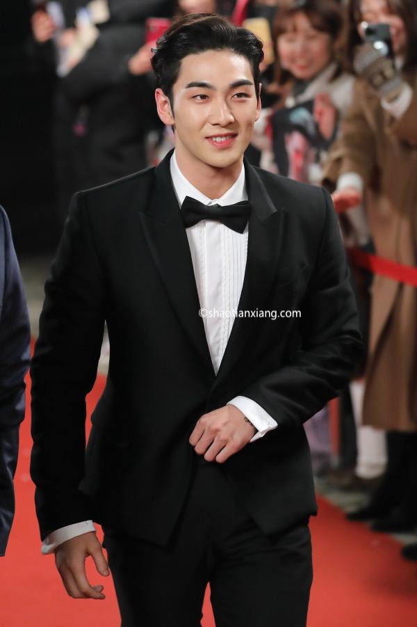 NU'EST、白虎、姜东昊、2019 KBS演艺大赏