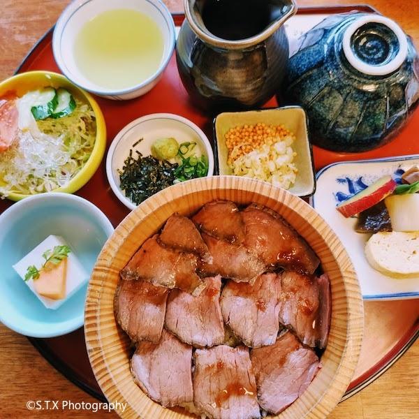 奈良三山和牛盖饭