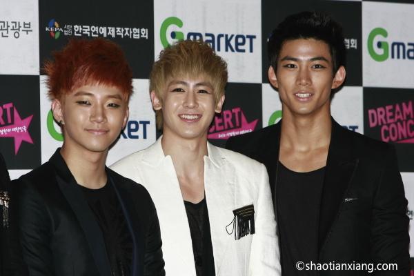 2PM、尼坤、玉泽演