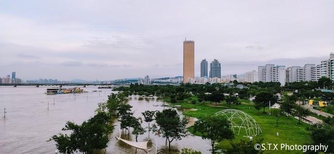 汝矣岛汉江公园、韩国强降雨