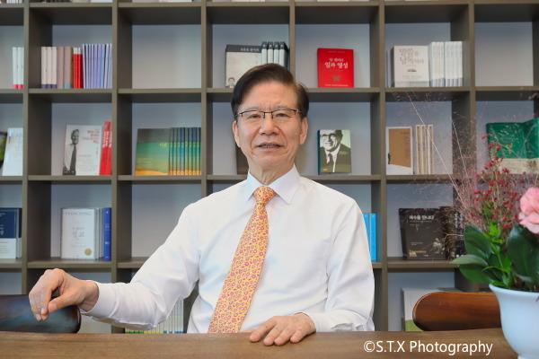 韩国外交部前东北亚合作大使、建国大学特任教授、丁相基