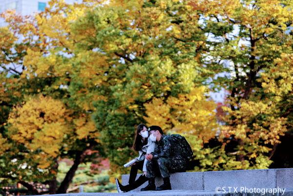 佳能5D4首尔街头彩色摄影作品