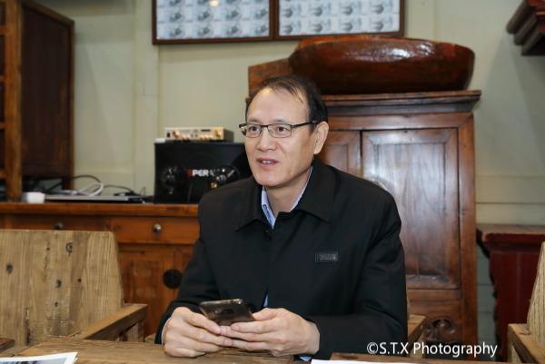 北京力勤投资有限公司董事长、世联国际有限公司董事长、闻健明