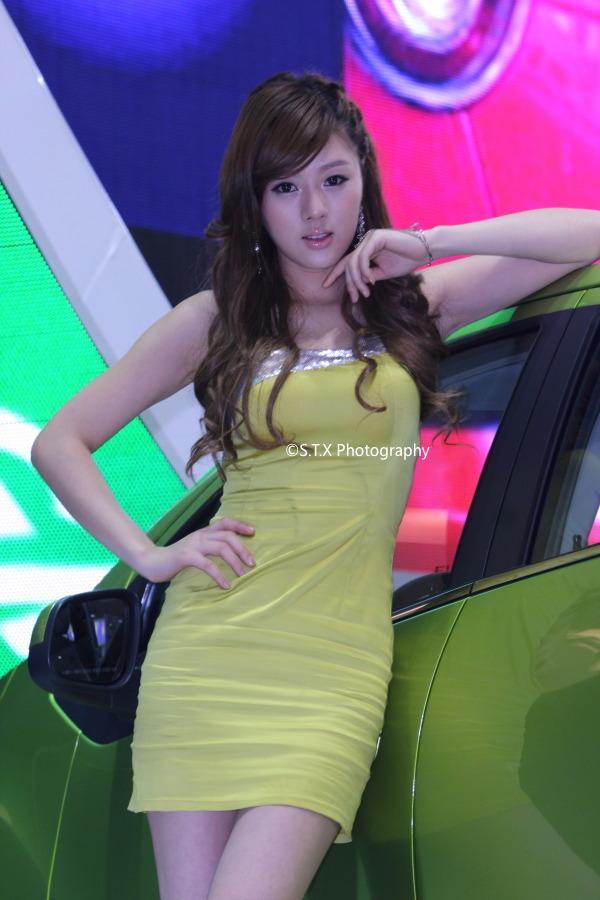 2009年首尔国际车展、黄美姬