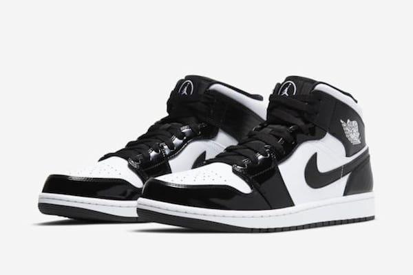 Air Jordan 1 mid SE BLACK AND WHITE