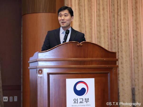 韩国外交部东北亚局审议官林始兴