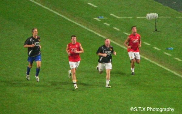 2007年曼联对阵FC首尔、鲁尼