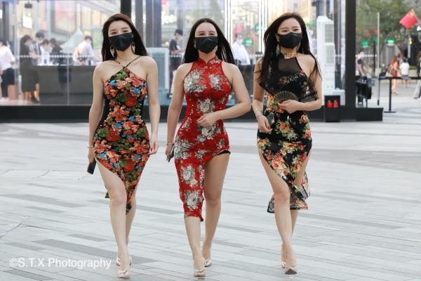 杭州湖滨银泰in77时尚街拍